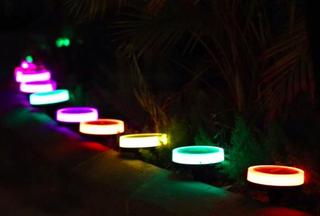Playbulb Solar Garden Lights