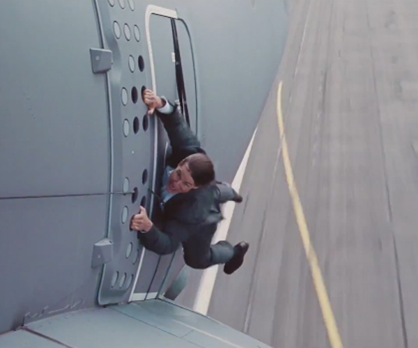 Tom Cruise's MI: Rogue Nation Stunt