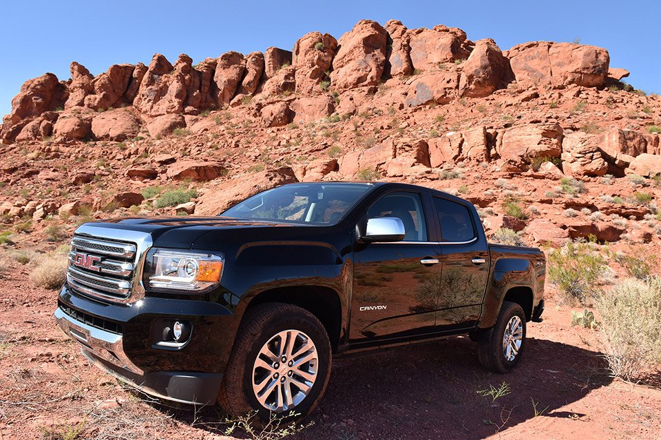 2016 gmc canyon all terrain the awesomer. Black Bedroom Furniture Sets. Home Design Ideas