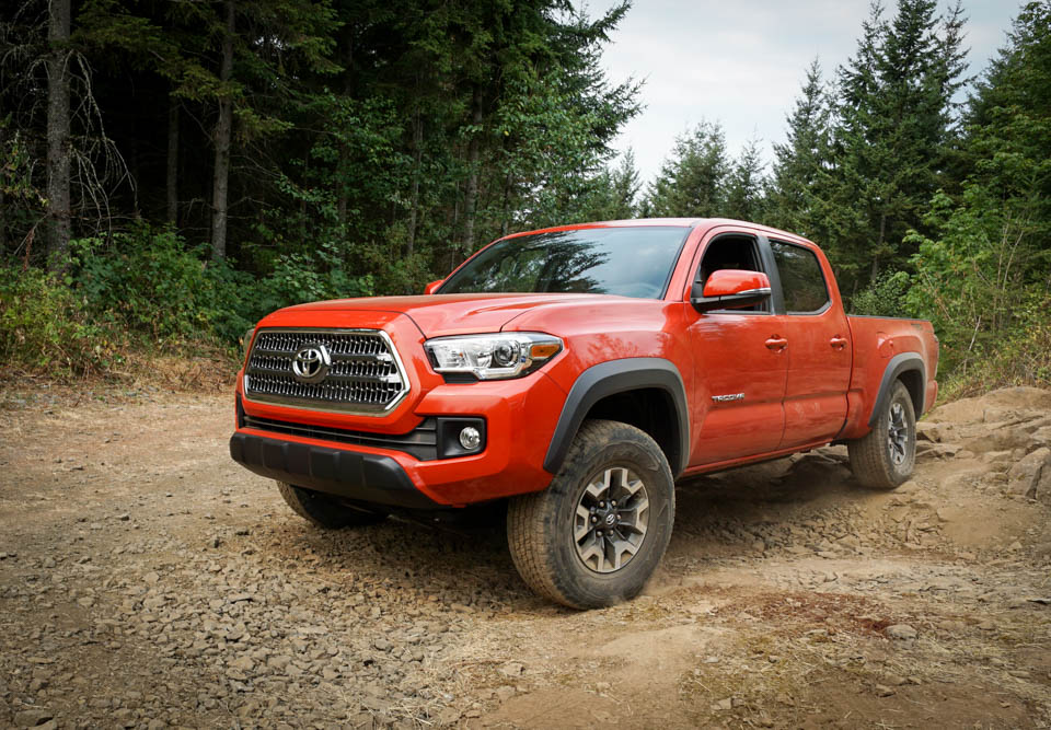 2016 toyota tacoma the awesomer. Black Bedroom Furniture Sets. Home Design Ideas