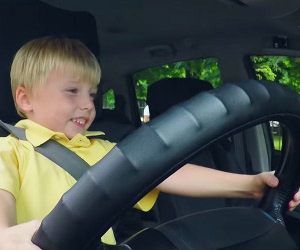 3-Year-Old Taxi Driver Prank