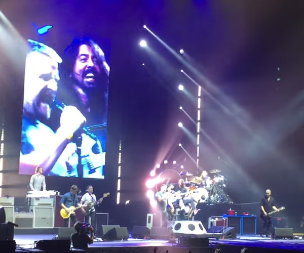 Foo Fighters & Brian: Tom Sawyer