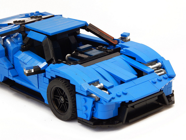 LEGO 2017 Ford GT Concept - The Awesomer