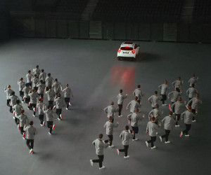 Honda: Stepping