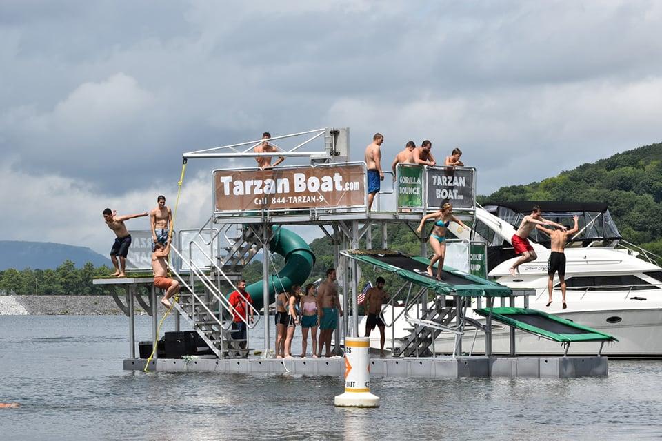 Tarzan Boat