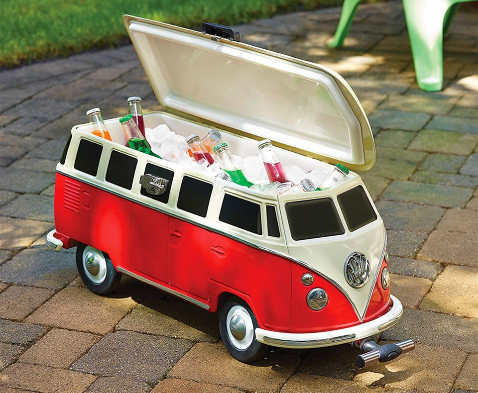vw camper van cooler the awesomer. Black Bedroom Furniture Sets. Home Design Ideas