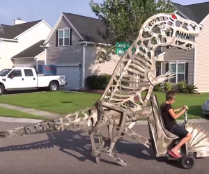 Dad Builds a Dinosaur