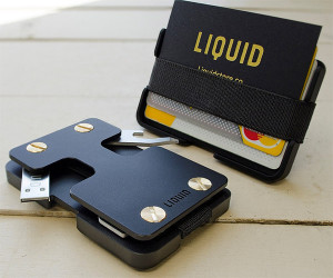 Deal: Liquid Co. Essentialist Wallet