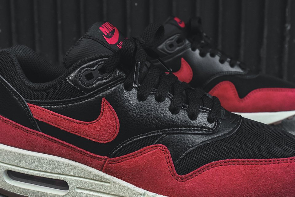 Nike Air Max 1 Essential Blk/Red