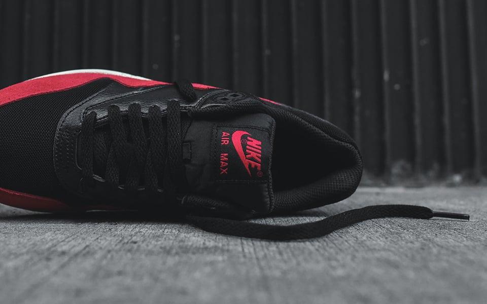 Nike Air Max 1 Essential Blk/Red