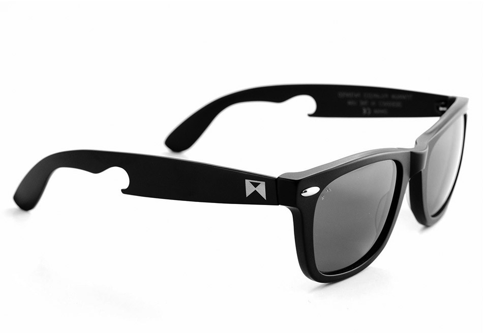 Deal: The Hook Titanium Sunglasses