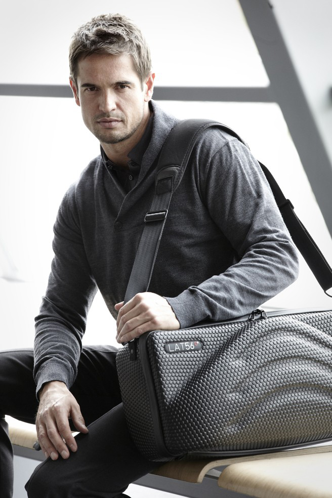 LAT_56 Red-Eye Carry-on