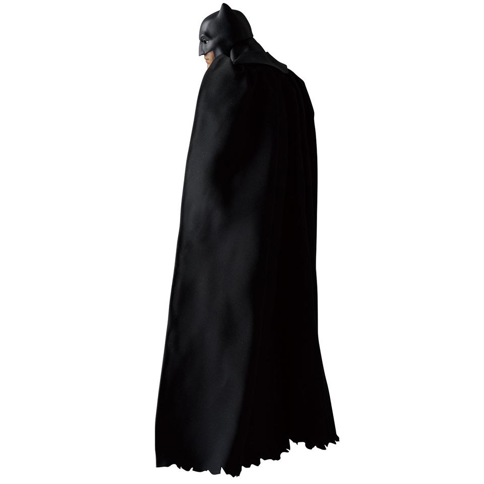MAFEX BvS Batman Action Figure