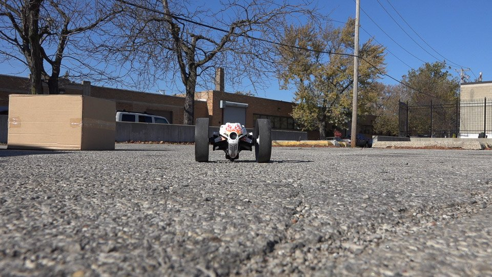 Parrot MiniDrone in Action