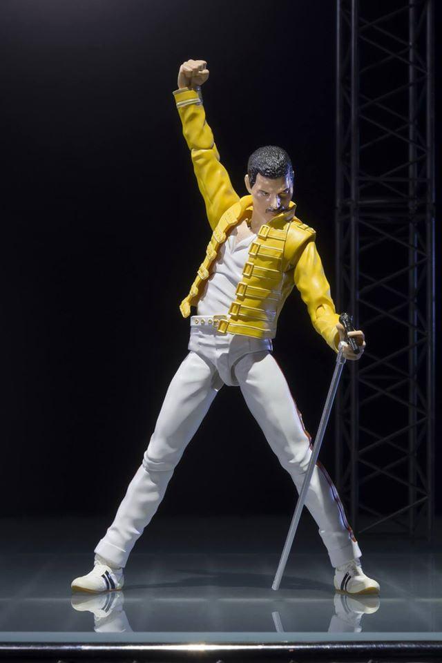 SH Figuarts Freddie Mercury