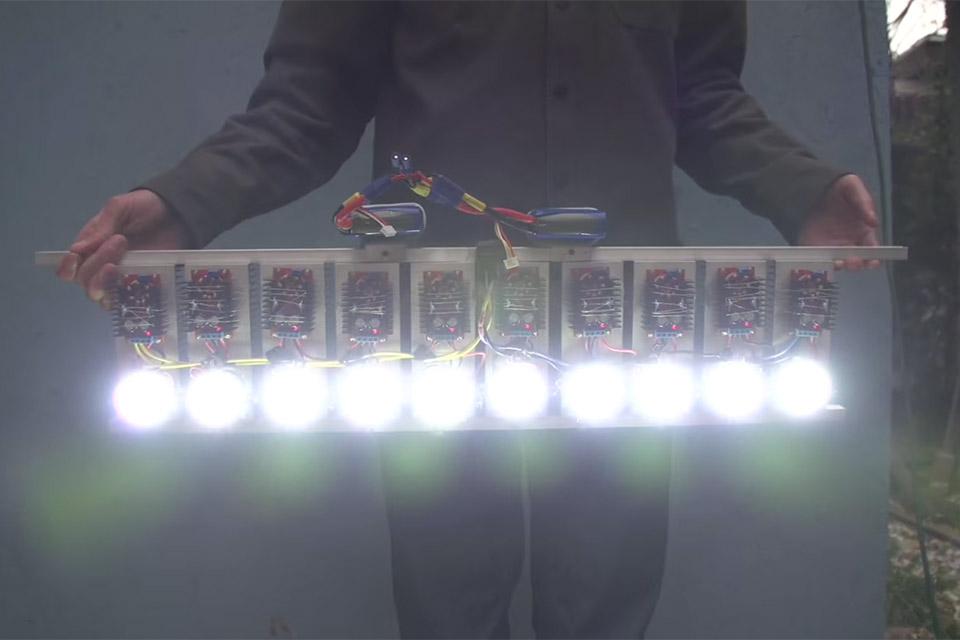 The 90,000 Lumen Flashlight