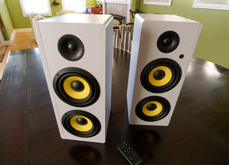 Thonet Vander Hoch BT Speakers