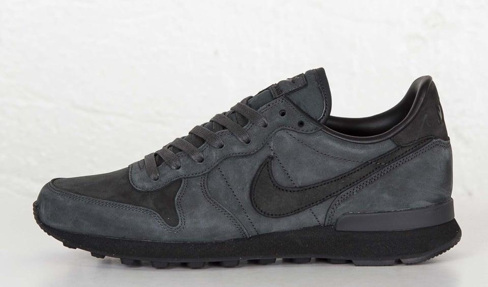 Nike Internationalist LX