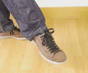 Self-Tying Shoelace Trick