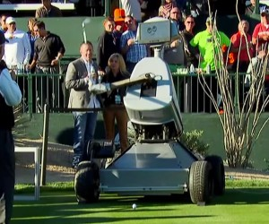 Robot Scores a Hole-in-one