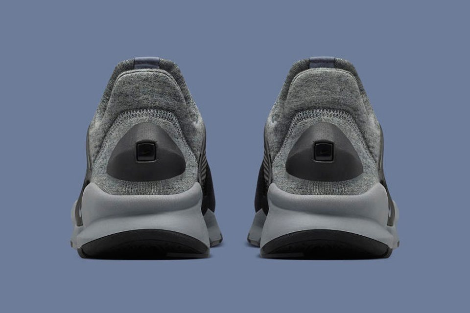 Nike Tech Fleece Sock Dart