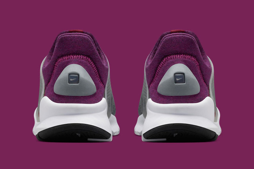 Nike Tech Fleece Sock Dart