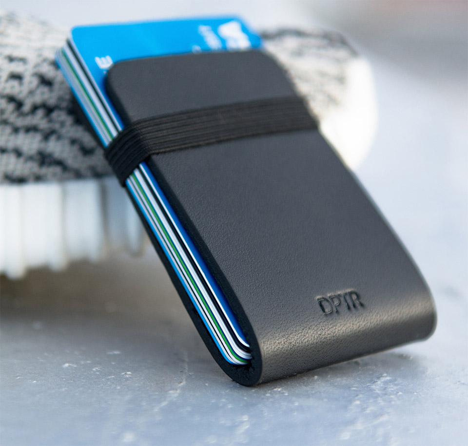 Deal: DPTR Clamshell Wallet