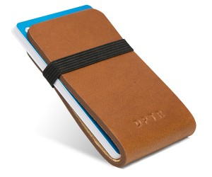 Deal: DPTR Clamshell Wallet