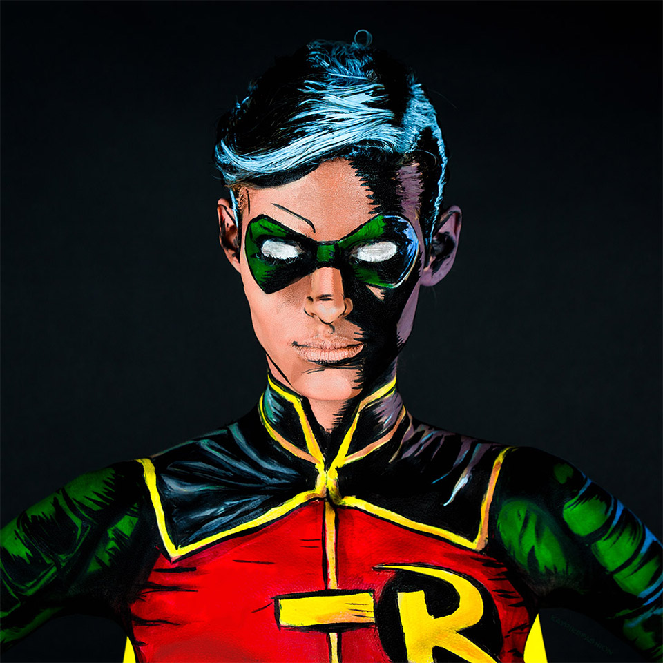 Robin Body Paint Cosplay