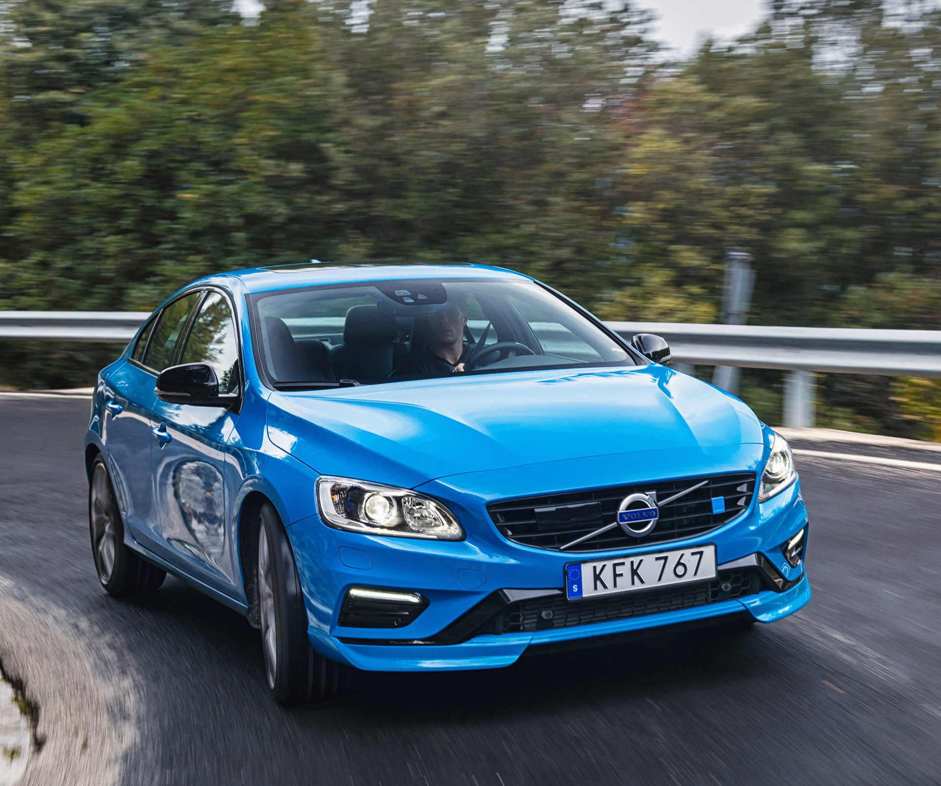 2017 volvo s60 v60 polestar the awesomer. Black Bedroom Furniture Sets. Home Design Ideas