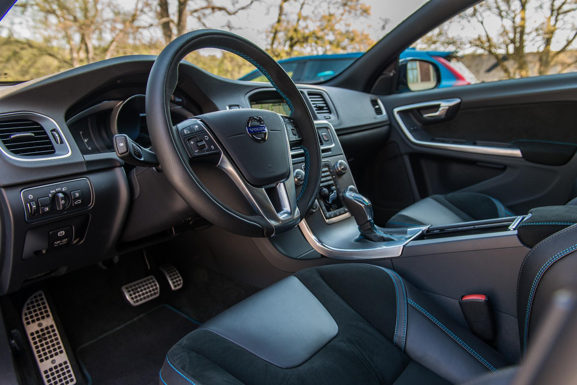2017 Volvo S60 & V60 Polestar