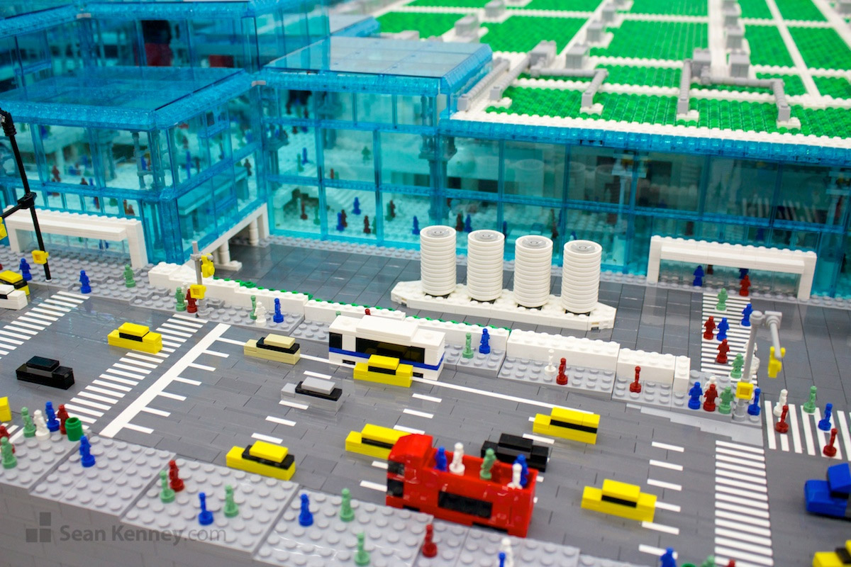 Building Javits Center in LEGO