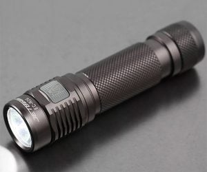 Jetbeam/Niteye EC-R26 Flashlight