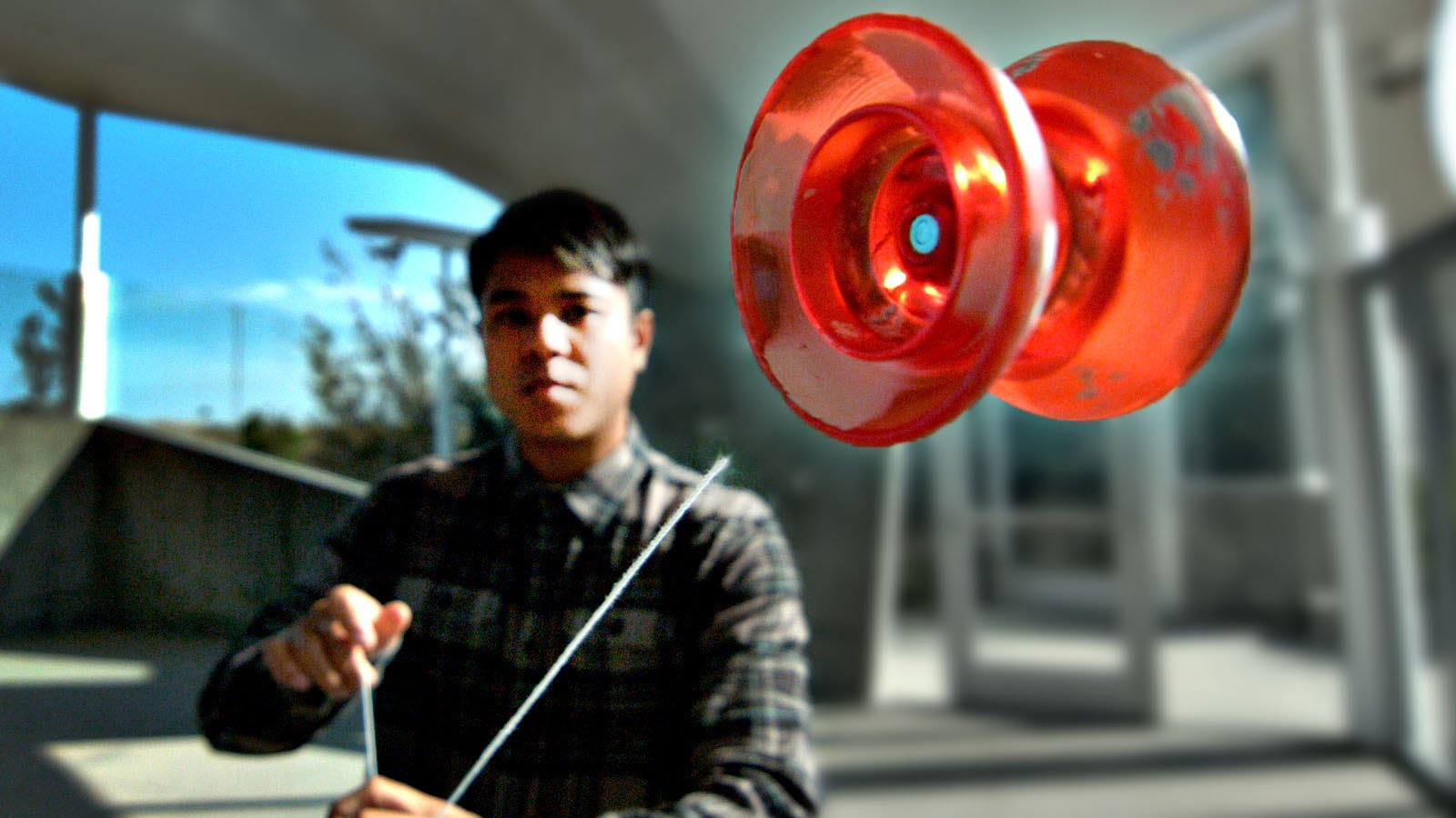 an analysis of the physics of a yo yo toy In his lab, prakash and his students began analyzing yo-yos unlike rotating kitchen appliances, such as an egg beater or salad spinner, that are too slow to separate blood, the yo-yo was fast but it was difficult to master and not practical soon, the lab was full of all types of rotating and spinning toys, from tops to gyroscopes to.