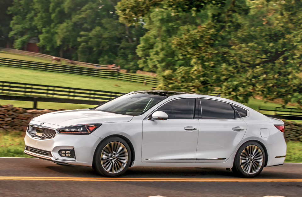 2017 Kia Cadenza Sxl The Awesomer