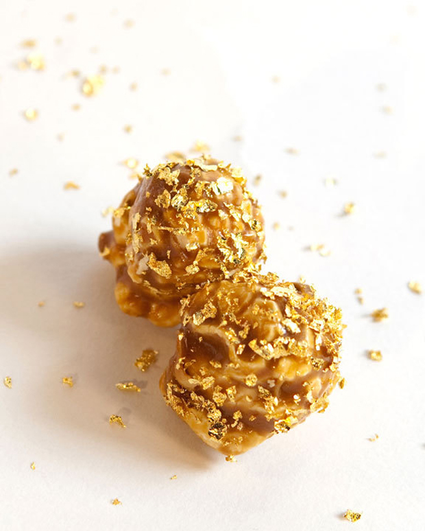 Gold-coated Popcorn