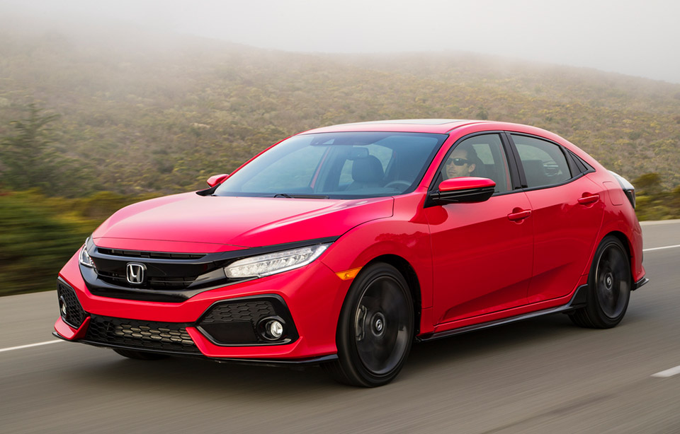 2017 honda civic hatchback the awesomer for Honda civic wagon 2017