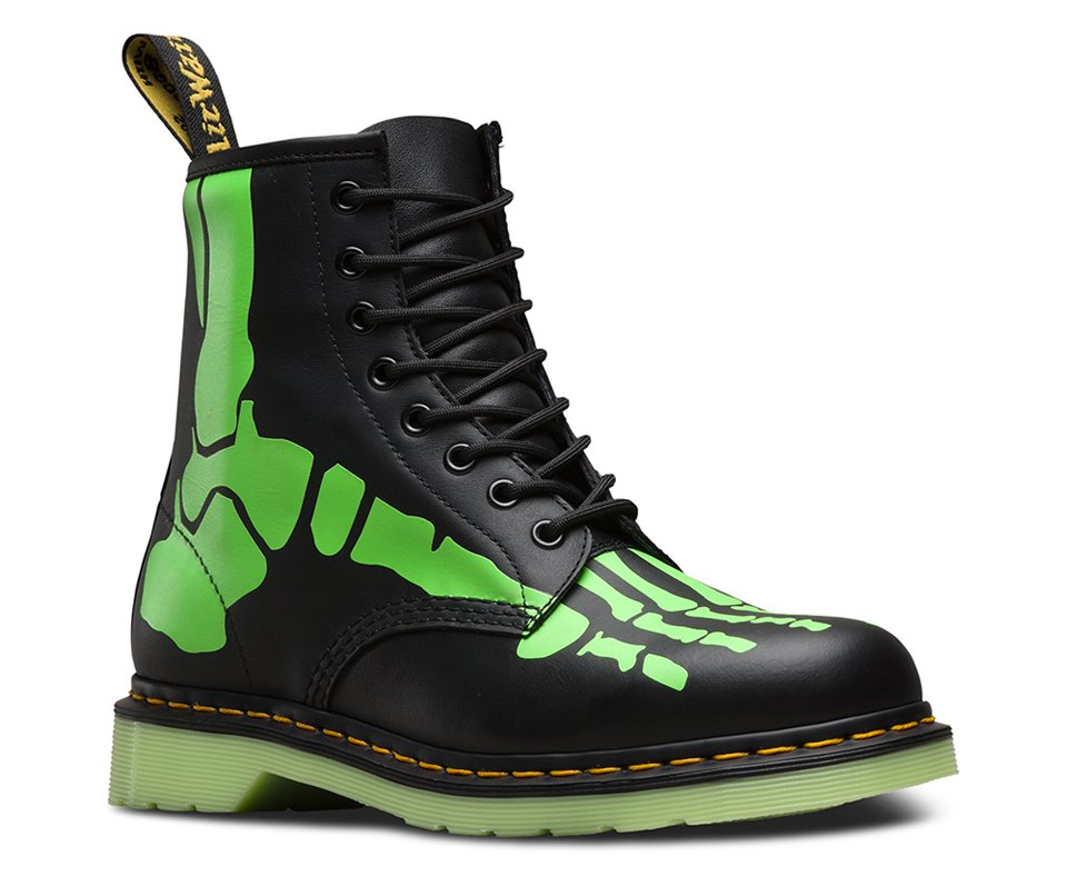 Dr. Martens Skelly