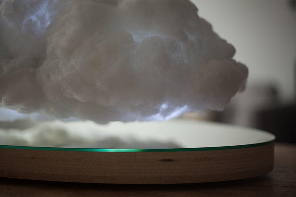 Levitating Cloud Speaker