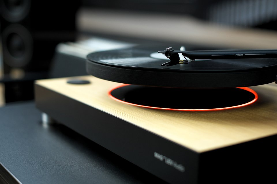 Mag-Lev Audio Turntable