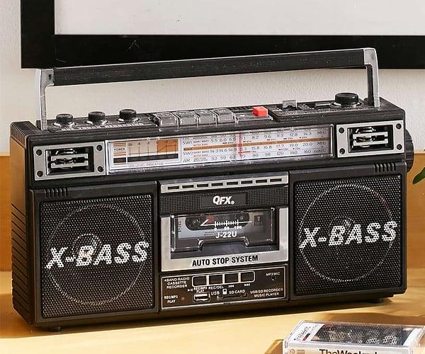 Radio + Cassette + MP3 Boombox