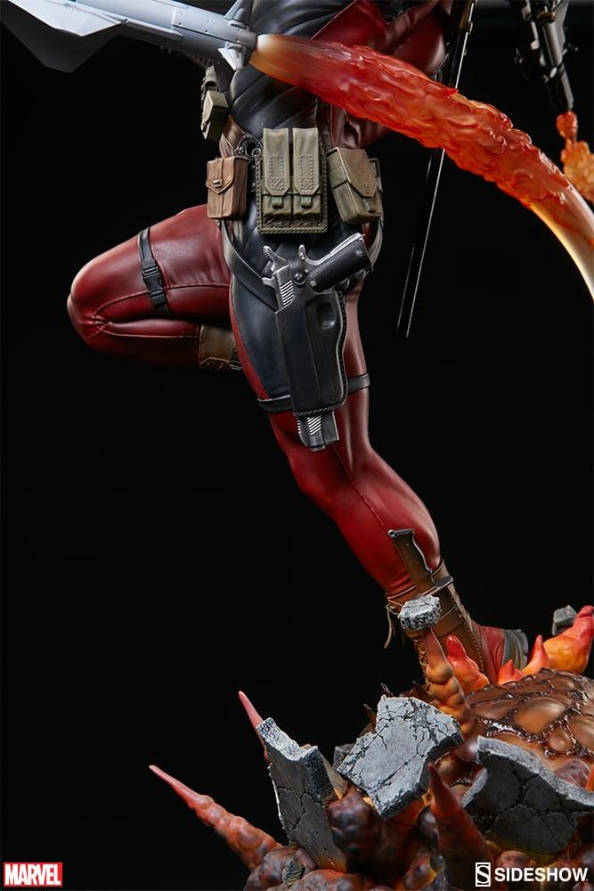 Deadpool Heat Seeker Statue