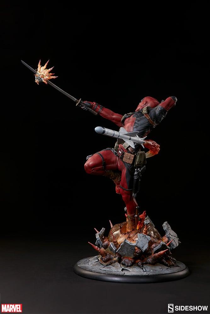 Deadpool Heat-Seeker Statue