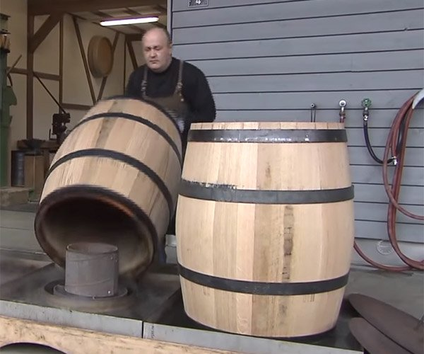 How Oak Barrels are Made