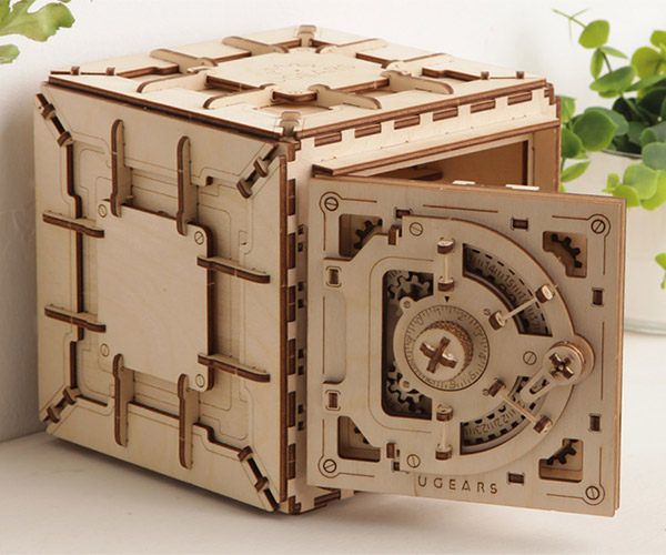 UGEARS Wooden Safe Kit