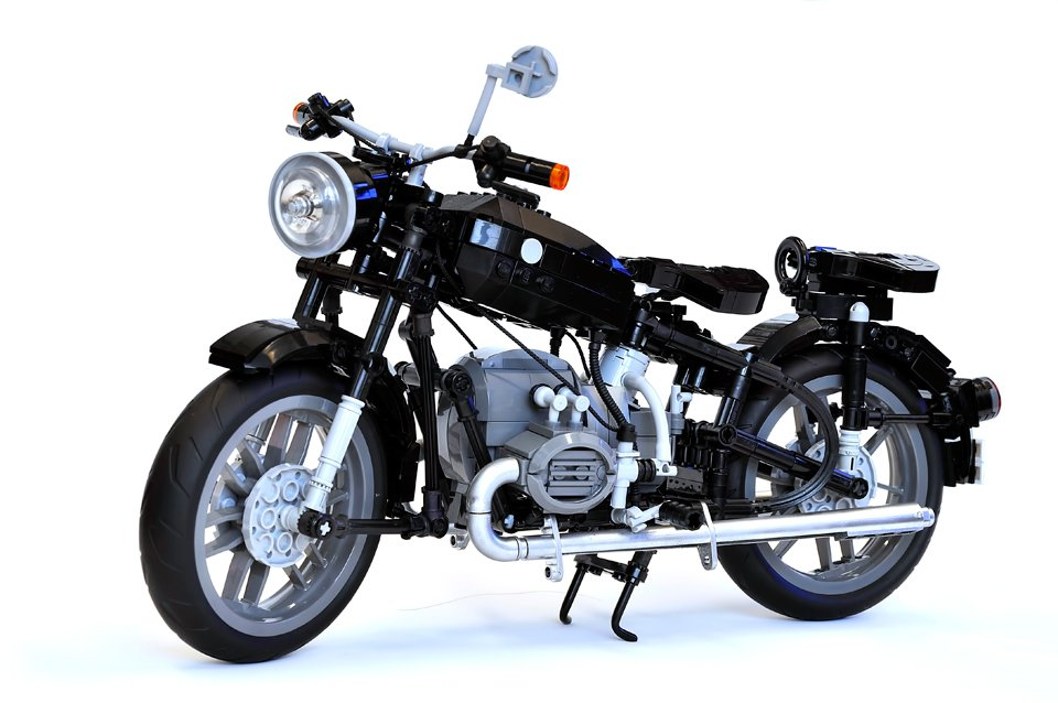 lego bmw r60 2 concept the awesomer. Black Bedroom Furniture Sets. Home Design Ideas