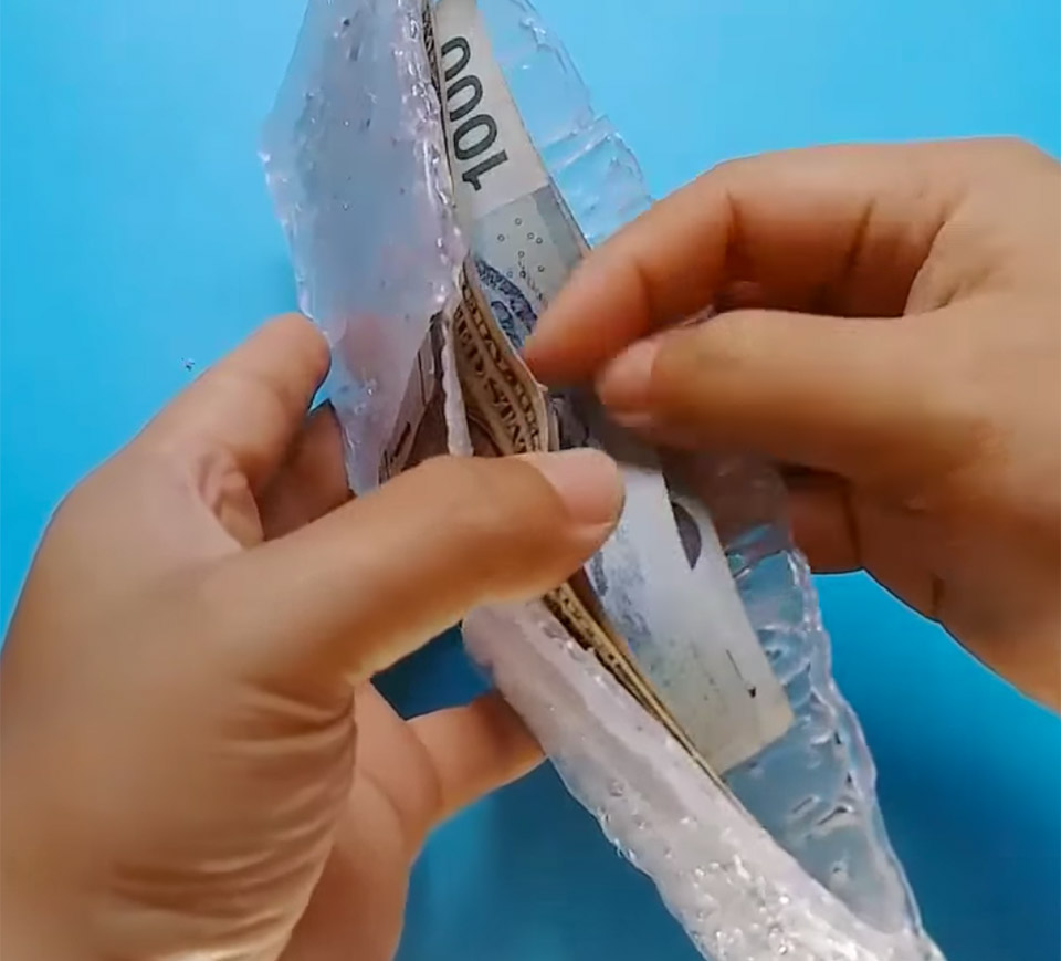 DIY Hot Glue Wallet
