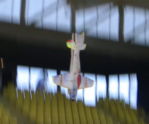 R/C Airplane Freestyle Flying