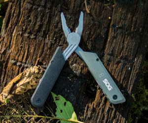 SOG Baton Multi-tools