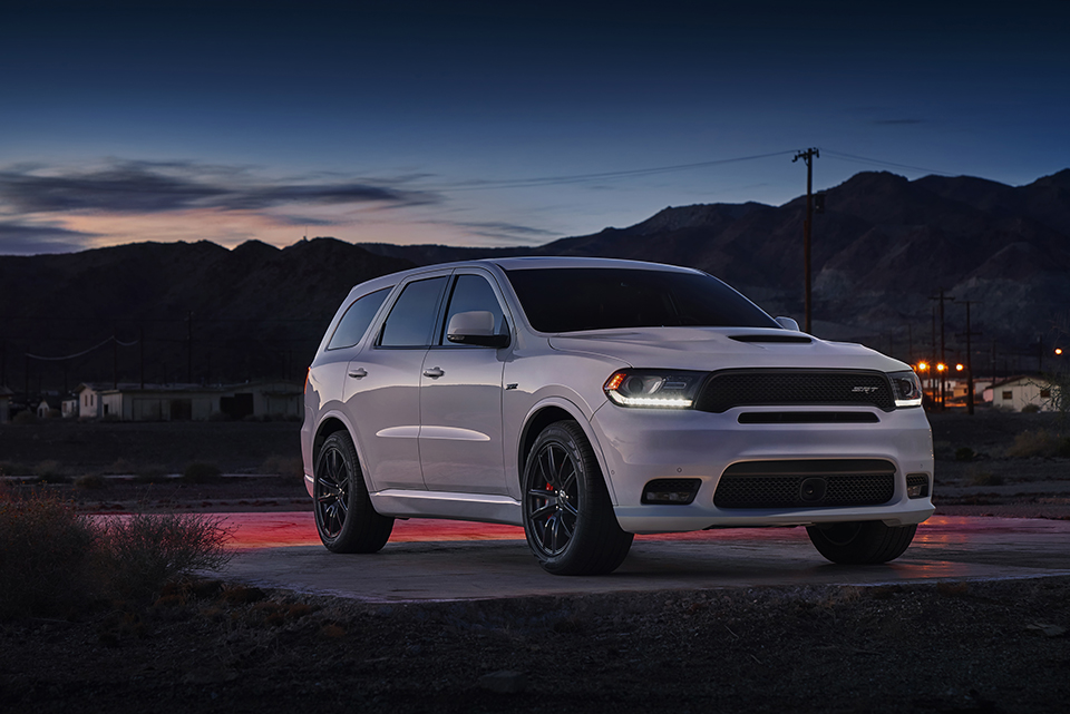 2018 dodge durango srt the awesomer. Black Bedroom Furniture Sets. Home Design Ideas